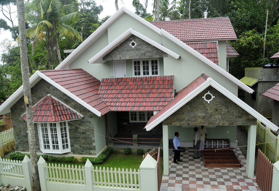 READY TO OCCUPY LUXURY VILLAS AT COCHIN-THRIPPUNITHURA