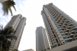 2.5BHK Luxurious Apartment For Sale With 2 Parking Oberoi Spring Andheri W