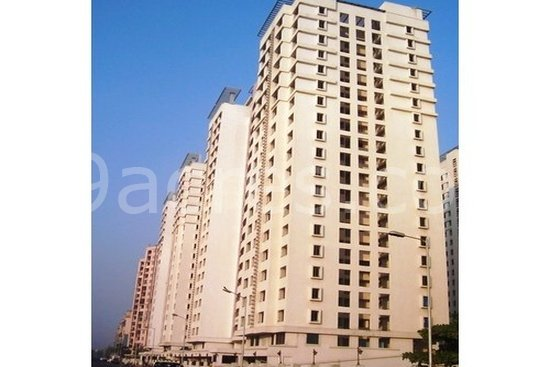 2 bhk flat for sale in bhaktipark next to imax