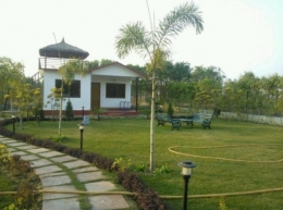 1008 Sq Yard Min Size Very Luxury Attractive Farm House Land Sale In Sec-135 Noida.