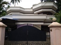 3200 Sq ft House in 15 Cents for sale in Aluva.