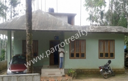 10cent land with 3 bhk house for sale in moolankavu.