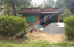15cent land with incomplete house in poothadi