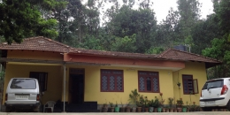 2.50 acre land with house for sale in Maadakara(Batheri).wayanad