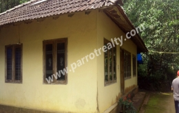 3acre  land with house for sale near Padinjarathara.