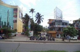 84 Cents NH-47 Frontage Land In Vyttila - Gold Souk Grande - 32 Lac/cent - Kochi