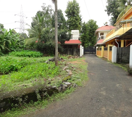 Land for sale in Kochi