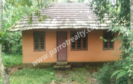 9cent land with old small house for sale in near poothadi.