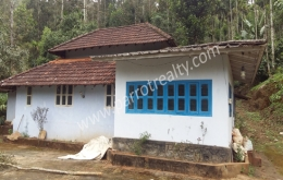 land with old  house for sale in thomattuchal, Wayanad.
