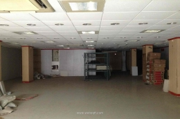 231821 Commercial Retail showroom shop AP
