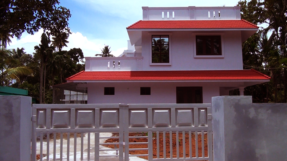 6cent and 1600sqft double story villa for sale in vypin ernakulam dist.