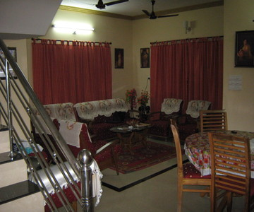 Villa for sale in shornur main road, Thrissur